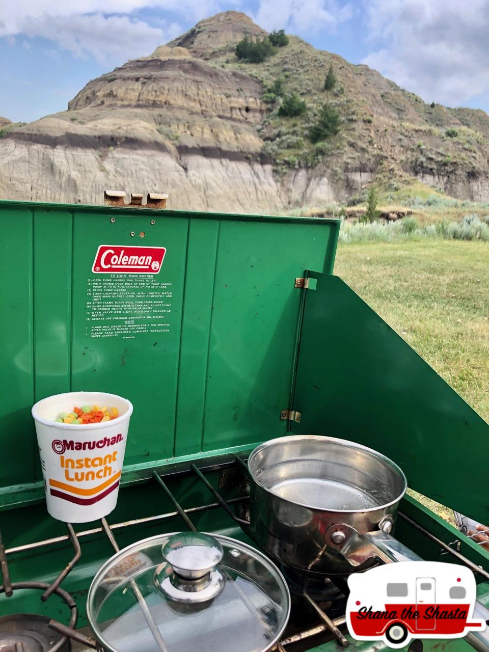 Campsite-Instant-Lunch-on-Coleman