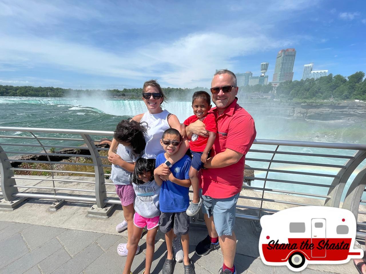 Family-at-Niagara-Falls