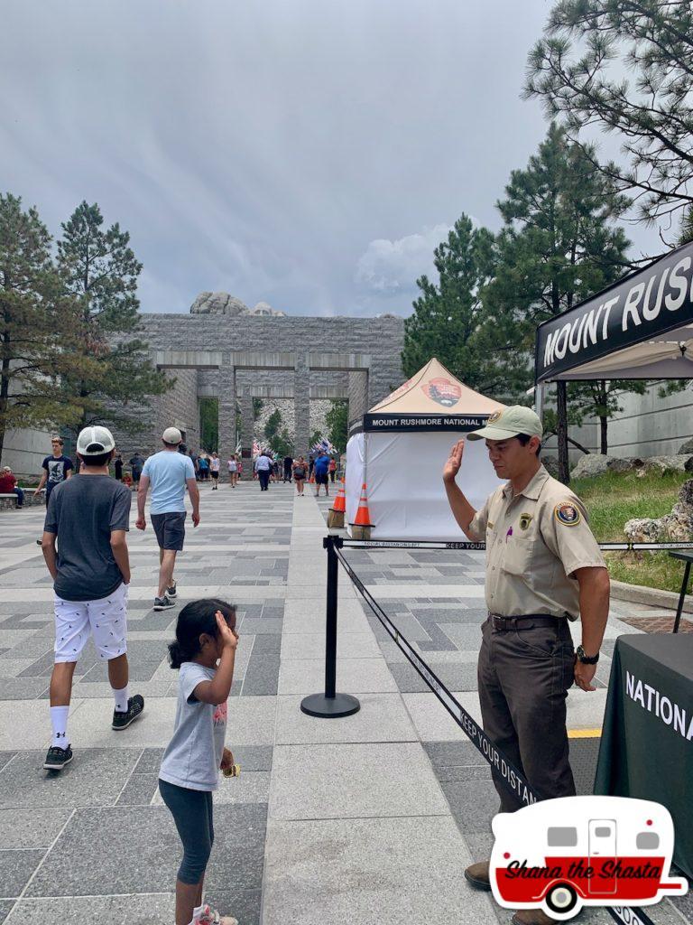 Junior-Ranger-Program-at-Mount-Rushmore