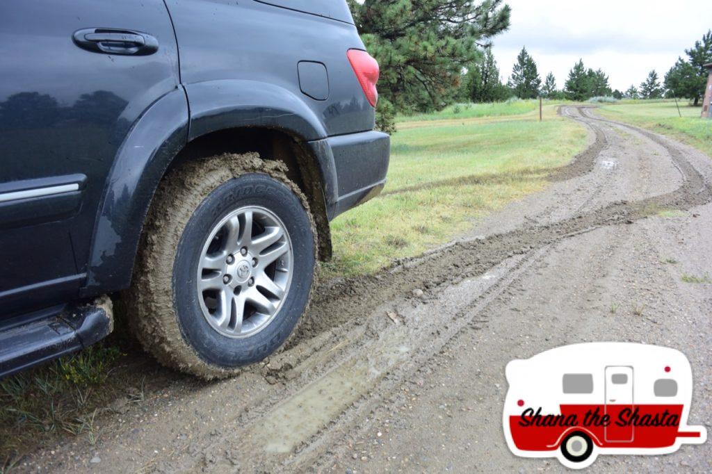 Makoshika-Sticky-Mud-Tires