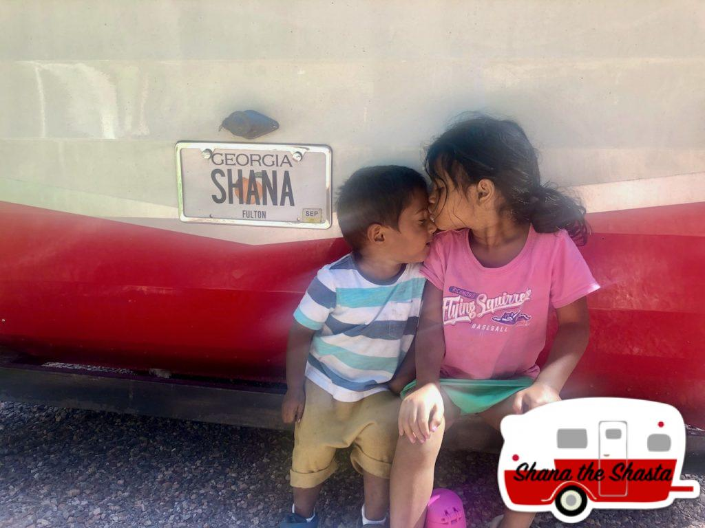 Siblings-with-Shana