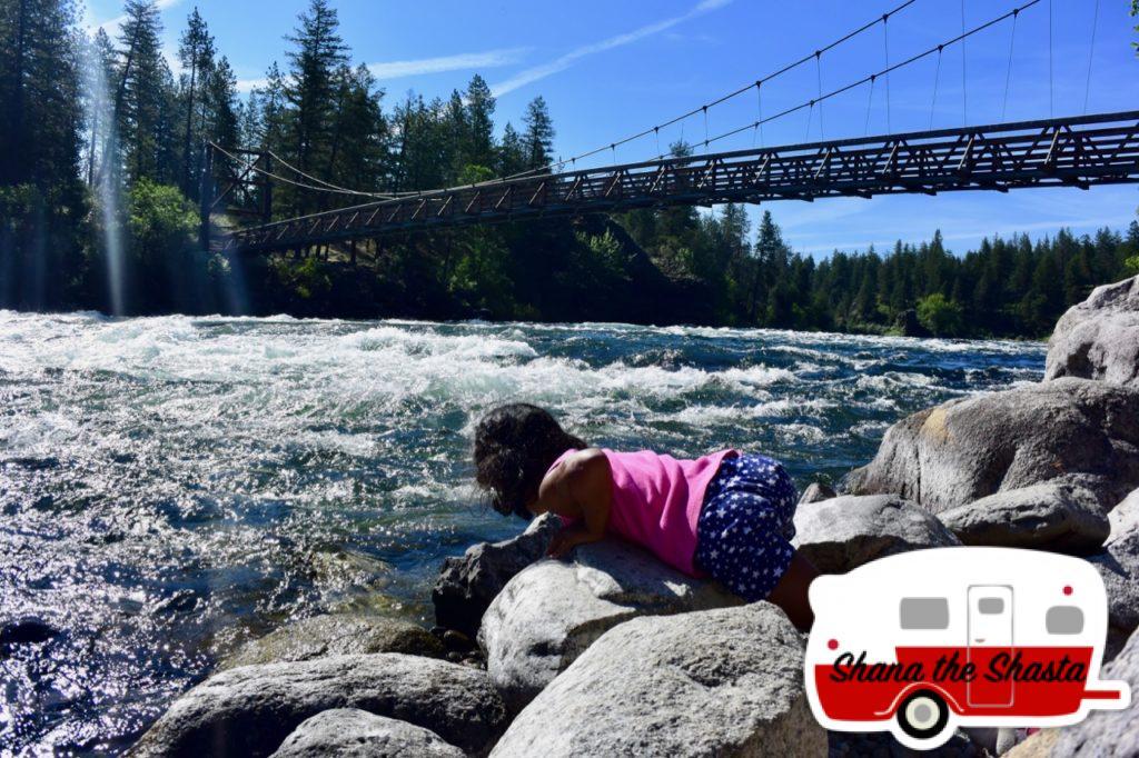 Spokane-River-by-Swinging-Bridge