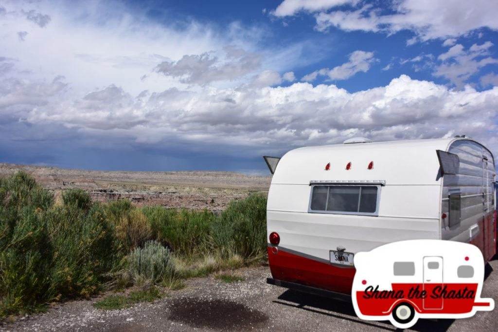 Vintage-Camper-at-Gooseberry-Badlands