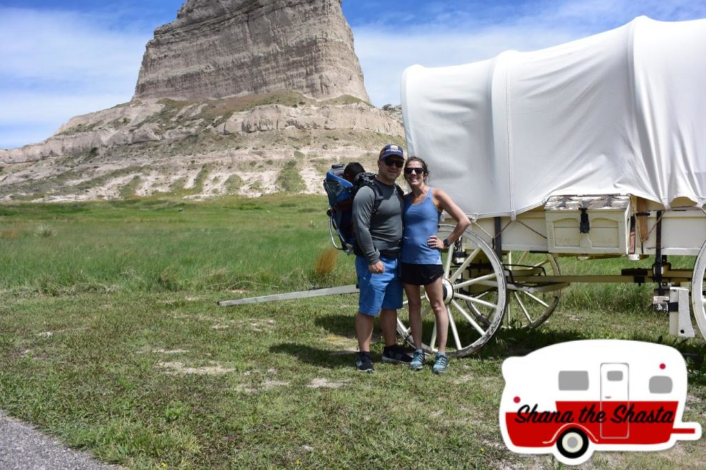 covered wagon oregon trail