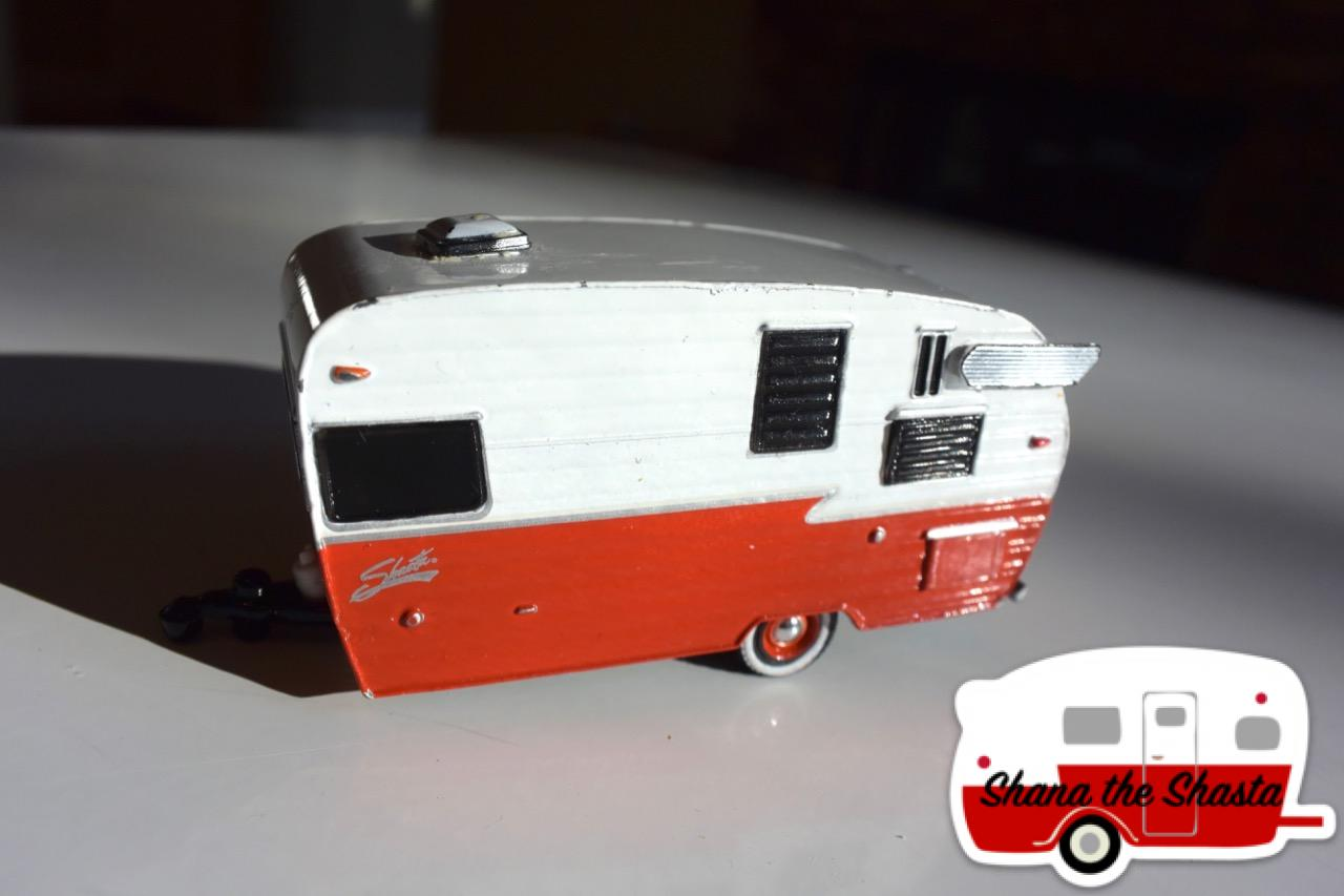 greenlight 1962 dodge d 100 shasta airflyte deluxe toy 1